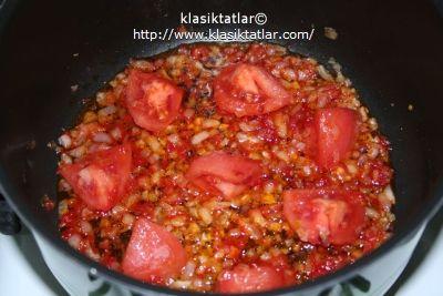 tane bulgur pilavı domates tane tane bulgur pilavı
