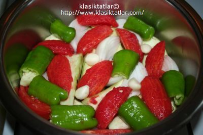 susuz patlıcan tencere susuz patlıcan yemeği
