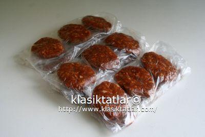 baharatlı köfte sucuk köfte