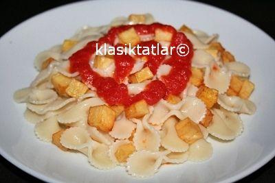 patatesli makarna patatesli makarna